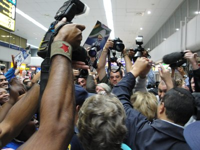 The press swarms around Helen Zille, on Flickr